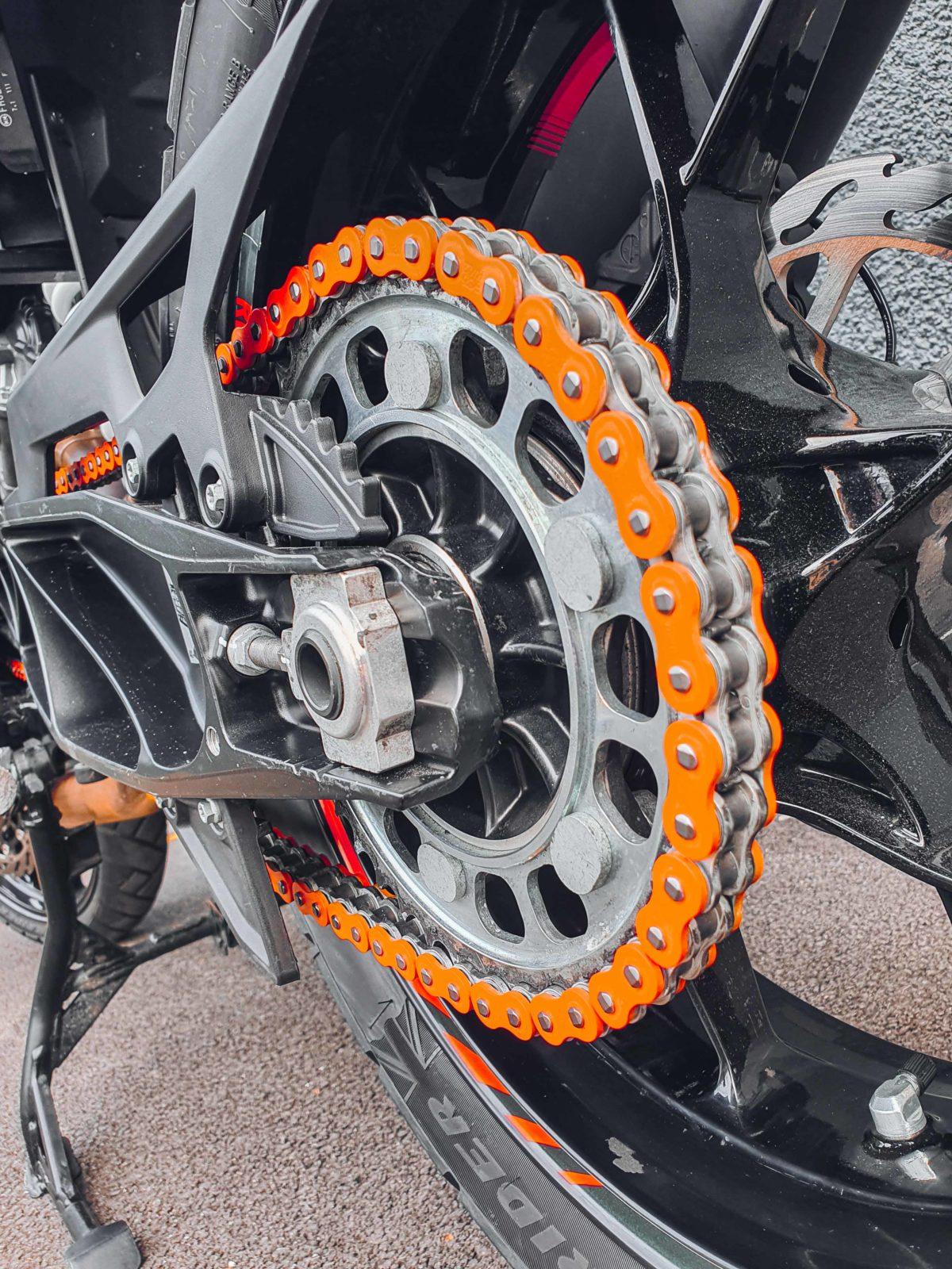EK 525 MVXZ2 120 links chain - Orange - for ktm adventure super adventure and super duke Bagoros Perfromance chain
