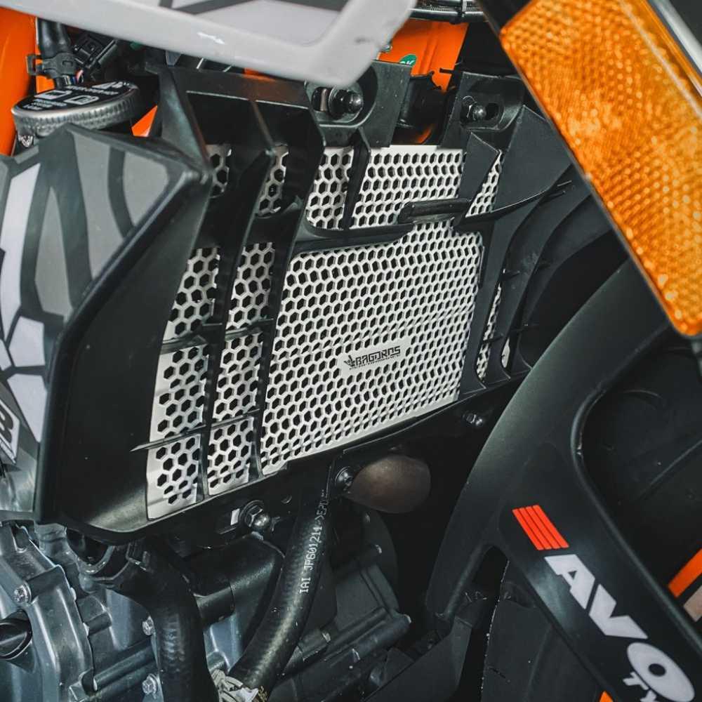Radiator Guard_KTM DUKE 125-390_bagoros performance