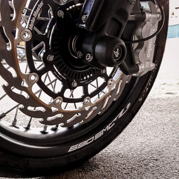 Front Spindle Sliders ktm smcr 690 duke